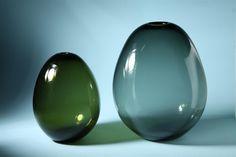 Designed by Kaj Franck for Nuutajärvi Notsjö, Finland. Height 18 cm/ and 24 cm/ 9 Glass Design, Design Art, Soap Bubbles, Soaps, Finland, Decorative Items, Modern Contemporary, Something To Do, Scandinavian