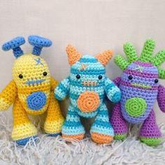 Mini Monsters amigurumi crochet pattern by Janine Holmes at Moji-Moji Design