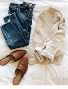 10 Outfits To Recreate This Fall – Lilly & Grant 20 Fall Outfits Ideas for Women Casual Comfy and Simple Fall Fashion Outfits, Casual Fall Outfits, Mode Outfits, Fashion Weeks, Fall Winter Outfits, Winter Fashion, Trendy Outfits, Fall Outfits For School, Casual Jeans
