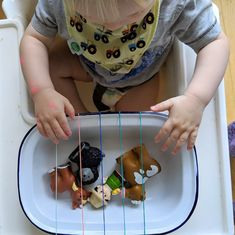21 Highchair Activities for Tabies & Toddlers – Teach Investigate Play Activities For 1 Year Olds, Toddler Learning Activities, Games For Toddlers, Baby Learning, Montessori Activities, Infant Activities, Montessori Toddler, Motor Activities, Learning Games