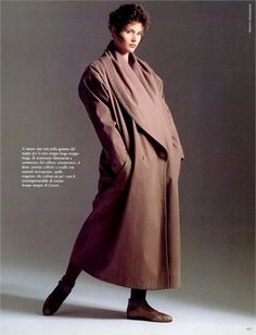 Fall Winter 2012-13 Pre-Collections: Oversize Coats - click on the photo to see all garments and accessories in Photogallery.