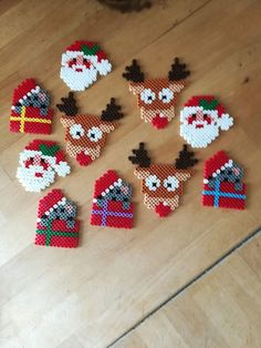 Fantastic Photos christmas perler Popular 'Tis in which time of the year again. Fantastic Photos christmas perler Popular 'Tis in which time of the year again! That Yuletide, most people plan to be not only your ticketing partner. Hama Beads Design, Diy Perler Beads, Hama Beads Patterns, Perler Bead Art, Beading Patterns, Christmas Perler Beads, Christmas Crafts, Christmas Decorations, 8bit Art