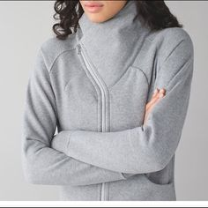 Size 6 Brand New Lululemon Cuddle Up sweater in Light d13aed44dc28