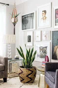 home decor plants living room - Internal Home Design Living Room Inspiration, Interior Inspiration, Deco Boheme, Wall Decor, Room Decor, Wall Art, Home And Deco, Eclectic Decor, Midcentury Eclectic