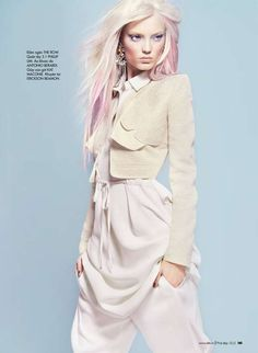 "Elle Vietnam, April 2012 ""Sac Pastel"" photographer: Kevin Sinclair fashion editor: Andrew Holden hair: Yoichi Tomizawa make-up: Nam Vo Pastel Photography, Fashion Photography, Pastel Hair, Pink Hair, Pastell Fashion, Fashion Shoot, Editorial Fashion, White Editorial, Women's Dresses"