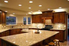38 Pretty Kitchen Cabinets Ideas With Countertops White Kitchen Appliances, Kitchen Tops, Granite Kitchen, Kitchen Countertops, Kitchen Decor, Kitchen Cabinets, Silestone Countertops, Kitchen Island, Granite Worktops Uk