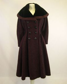 1940s vintage Lilli Ann coat in the 'New-Look' style.