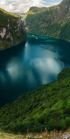 "atraversso: ""travelgurus: ""  Geirangerfjord, Norway by Dmitry Abramov    Travel Gurus - Follow for more Nature Photographies! "" rain day """