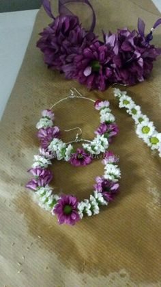Fresh flower  jewellery by bridal flower jewellery www.bridalflowerjewellery.weebly.com