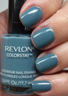 Revlon Colorstay in Blue Slate, my color this week, love this blue!
