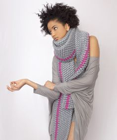 scarf/gray