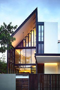 """livingpursuit:  """"Faber Terrace by HYLA Architects  """""""