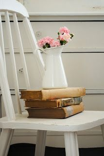 LIBROS Y FLORES / BOOKS AND FLOWERS