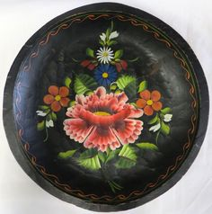 :D❤️❤️❤️Vintage Batea Traditional Bowl Michoacan Hand Carved Painted Circle Round Dish