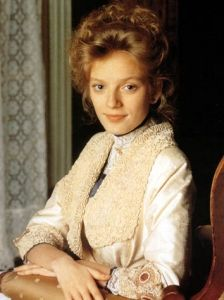 "Sara Stanley ""Sarah Polley"" the 11yr old that comes to live in Avonlea and is raised by her aunts Hetty and Olivia King. Adult picture."