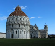 Pisa, walking the city walls. Amazing view on Square of Miracles!