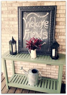 .I want to spruce up my front porch...oh if I had unlimited resources!!!!! 2015 gonna make it happen!