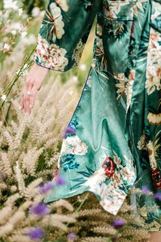 Lovely details silk nature fashion