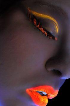 Beautiful lip art for fashion girls #colorful #lip www.loveitsomuch.com