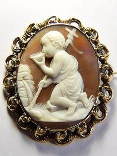 WONDERFUL LARGE ANTIQUE ITALIAN 9K GOLD SHELL CAMEO BROOCH JOHN BAPTIST SIGNED