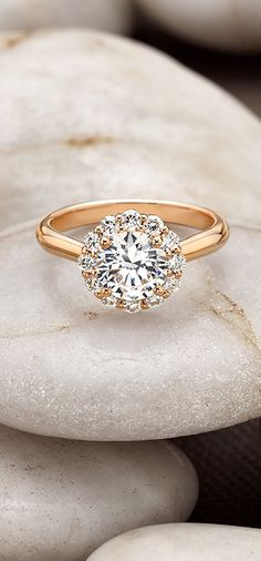 Stunning rose gold engagement ring