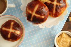yummy muffin: Hot Cross Buns