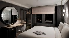 Located 300 metres from Broadway theatres, The Time New York Hotel features rooms by designer David Rockwell. Guest House Plans, Rockwell Group, Theme Hotel, Room Setup, Interior Design Companies, Luxurious Bedrooms, Modern Luxury, Furniture, Home