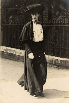 London, Cromwell Road, 1906 | 1905-1908: Edwardian Street Fashion in London and Paris
