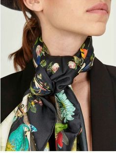 Perfect for Sinchi™ • Style your scarf • Be Chic!