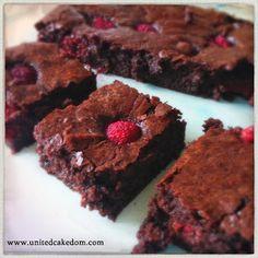 United Cakedom: Bribe Worthy Brownies  Chocolate Raspberry Brownies