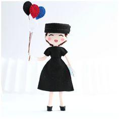 Audrey Hepburn art doll. Jo Stockton doll. Funny Face movie, felt doll. Movie Icons Audrey Hepburn Doll by WhisperOfThePipit on Etsy https://www.etsy.com/listing/228130089/audrey-hepburn-art-doll-jo-stockton-doll