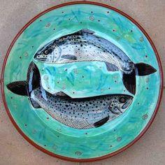 Ceramics by Marilyn Andreetti at Studiopottery.co.uk - Fish dish, 32 cm diameter, 2007.
