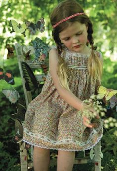 Looking for pretty boho options for your flower girls? I Love Gorgeous designs classic dresses with just enough style and edge for your little ones. Fashion Kids, Little Girl Fashion, My Little Girl, Little Girl Dresses, Fashion 2020, Fashion Design, Fashion Trends, Flower Girls, Flower Girl Dresses
