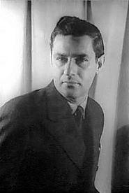 Gian Carlo MenottiFotoğrafçı: Carl Van Vechten (1944)Gian Carlo Menotti (d. 7 Temmuz 1911, Cadegliano-Viconago, Lombardiya, İtalya – ö. 1 Şubat 2007, Monte Carlo, Monako) İtalya doğumlu ABD'li opera bestecisi ve libretto yazarı.
