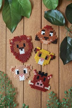 DIY : des aimants Roi Lion en perles Hama (+ grilles - # Source by You might believe th Easy Perler Bead Patterns, Melty Bead Patterns, Perler Bead Templates, Diy Perler Beads, Perler Bead Art, Beading Patterns, Embroidery Patterns, Mosaic Patterns, Loom Patterns