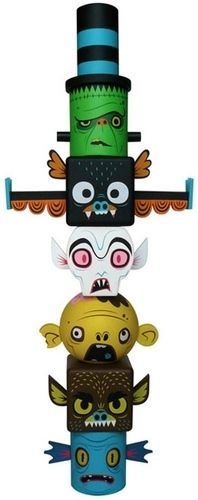Monster Toytem by Gary Ham. Wanted to do something like this in my head for a while- ho hum!
