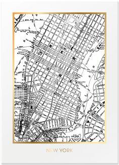 Poster med kart over New York. Svart/hvit med gullfolie. 50 x 70 cm. Leveres uten ramme i rull.