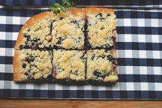 Borůvkový koláč (kynutý) s drobenkou