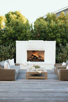 Small Backyard Design, Backyard Patio Designs, Backyard Landscaping, Backyard Ideas, Back Yard Design, Outdoor Fireplace Designs, Backyard Fireplace, Modern Outdoor Fireplace, Backyard Renovations