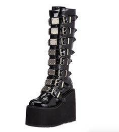 harmonia platform warrior cyber boots sand goth SAND WARRIOR CYBER GOTH platform boots HarmoniaYou can find Platform shoes and more on our website Aesthetic Grunge Outfit, Aesthetic Shoes, Makeup Aesthetic, Goth Aesthetic, Goth Platform Boots, Platform Shoes, Grunge Outfits, Cute Shoes, Me Too Shoes