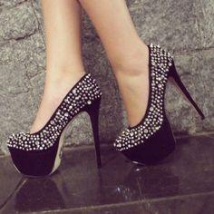 39 Best Hot Heels! images | Heels, Hot heels, Me too shoes