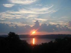 Sunrise over Table Rock Lake