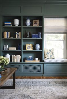 Southern Living, Erin Gates, Window Seat Cushions, Built In Bookcase, Bookshelves, Built In Tv Unit, Elements Of Style, Design Elements, Cozy Room