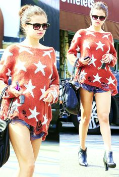 #red #sweater #with #stars #SelenaGomez