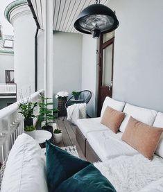 9 Prodigious Ideas: Patio Design Sunrooms enclosed patio with pool.Apartment Patio Drop Cloths patio curtains how to make. Apartment Interior, Small Apartment Patio, Patio Design, Apartment Decor, Small Porch Decorating, Interior, Apartment Balcony Decorating, Home Decor, New Room