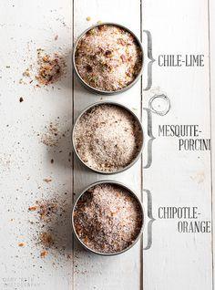 Make Your Own Flavored Pink Himalayan Gourmet Salts. >>>> This ain't your mamma's Morton Salt! I ran across this great article to make Pink Himalayan Salt even better, by creating your own Pink Himalayan Flavored Salts…… Homemade Spices, Homemade Seasonings, Chutneys, No Salt Recipes, Cooking Recipes, Healthy Salt, Salade Caprese, Gourmet Salt, Edible Gifts