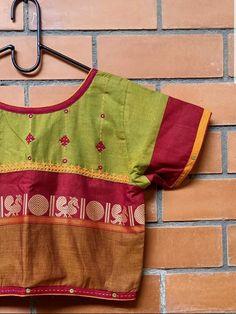 Blouse Designs High Neck, Fancy Blouse Designs, Pattu Saree Blouse Designs, Hand Embroidery Dress, Designer Blouse Patterns, Textiles, Geometry Formulas, Dabu Print, Kutch Work