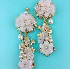 Silver Pearls, Timeless Design, Bling, Brooch, Drop Earrings, Jewelry, Fashion, Moda, Jewel