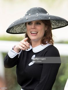 News Photo : Princess Eugenie attends day 5 of Royal Ascot at. Princess Eugenie Jack Brooksbank, Princess Eugenie And Beatrice, Royal Princess, Eugenie Of York, Royal Photography, Royal Ascot Hats, Royal Uk, Royal Colors, Duchess Of York