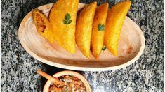 APRENDE A PREPARAR UNAS EMPANADAS DE CAMARÓN CON PICO DE GALLO ~ #Empanadas #EmpanadadeCamaron #Conmigo #Recetas #Colombia Carrots, Vegetables, Food, Pico De Gallo, Colombia, Essen, Carrot, Vegetable Recipes, Eten